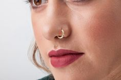 New Pics Nose Piercings classy Concepts Any facial sharp produces a daring statement, as well as nose piercings , in particular, are tremendous commo Nose Ring Jewelry, Nose Piercing Jewelry, Ear Piercings, Facial Piercings, Piercing Ideas, Jewellery, Rose Gold Nose Ring, Gold Nose Rings, Gold Nose Hoop