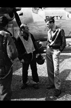 Lieutenant Colonel Jimmy Stewart Bomb Wing Executive Officer speaks with Major John Dowswell in front of Dowswells Liberator Betty at RAF Hethel Norfolk England September Dowswell had just piloted his crippled aircraft back to England from Germany. Hollywood Stars, Old Hollywood, Hollywood Actor, Classic Hollywood, Audrey Hepburn, History Online, Military History, Ww2 History, Military Life