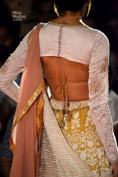 saree blouse designed by Anju Modi at Delhi Couture Week 2013