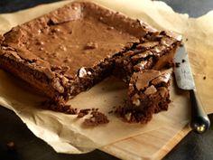 Recipe Details for Banana and Chocolate Brownies Cadbury Brownies, Chocolate Banana Brownies, Chocolate Mousse Frosting, Cadbury Chocolate, Chocolate Mix, Chocolate Desserts, Cadbury Recipes, Sweet Recipes, Cake Recipes