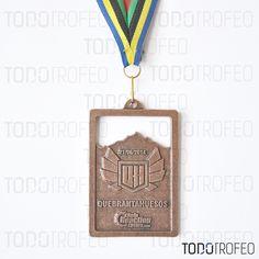 MEDALLA QUEBRANTAHUESOS 2014.   Diseñamos las medallas para su evento deportivo. Pide su presupuesto a través de: todotrofeo@todotrofeo.com    QUEBRANTAHUESOS MEDAL 2014.  We design your sport event medals. Request your budget in: todotrofeo@todotrofeo.com