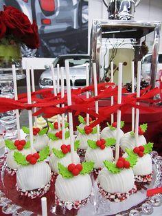 Cute cake balls