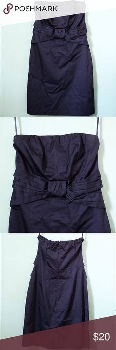 Dark purple strapless dress Size 6 dark purple strapless dress from The Limited. I'm 5.6 and it falls just above the knee. The Limited Dresses Strapless