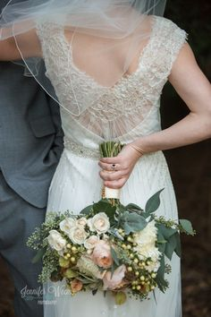 lacy back, lovely bouquet | wedding dress - Sarah Janks Delaney wedding dress  | Jennifer Weems Photography-021