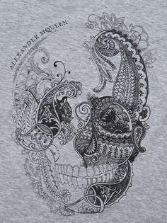Alexander Mcqueen Paisley Skull T-shirt in Gray (grey) | Lyst