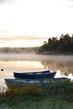 The peace and silence of the nature in Sweden - soo loved it here Row Row Your Boat, Lake Life, Belle Photo, The Great Outdoors, Countryside, Serenity, Beautiful Places, Scenery, Wanderlust