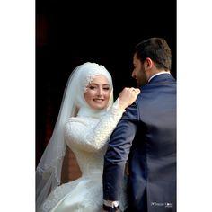 Kübra 🌱Emre ❤️ #canon #mark4 #canonmark4 #weddingphotography #wedding #düğün #gelin #gelindamat #gelinlik #gelincicegi #gelinbuketi #detay…