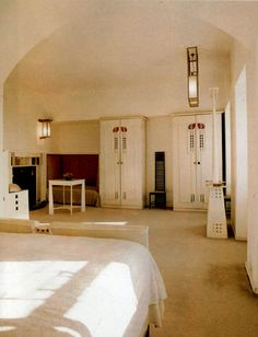 Charles Rennie MacKintosh, Guest Bedroom Hillhouse. I went there many years ago - the highlight of my year in Scotland!