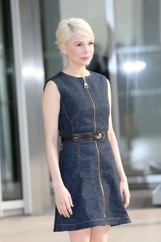 Michelle Williams showed up the Louis Vuitton show in Paris today in a French twist—but, of course, this being the impossibly chic Michelle Williams, she...