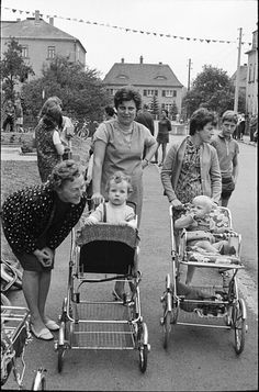 Mütter in der DDR (mothers in East Germany) by memoriter, via Flickr