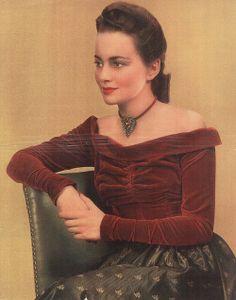 so beautiful .... Olivia de Havilland