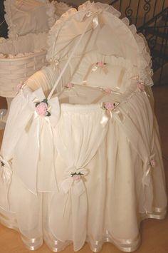 Adorable bassinet skirt...for a fairy princess...