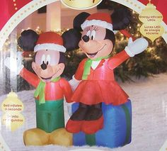 4 ft GEMMY AIRBLOWN INFLATABLE DISNEY Mickey & Minnie Mouse Christmas Yard Decor Minnie Mouse Christmas, Mickey Minnie Mouse, Disney Christmas, Disney Mickey, Outdoor Christmas, Christmas Wedding, Thanksgiving Wishes, Christmas Yard Decorations, Christmas Inflatables