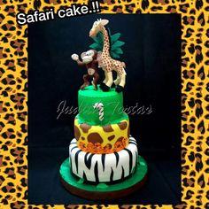 Torta decorada con fondant. Safari.