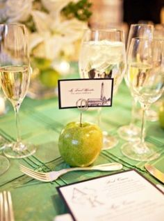 Fall Wedding idea, use an apple as a place holder for seating cards