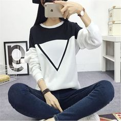 Black and White Spell Color Patchwork Hoodies Women V Pattern Pullover