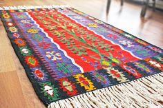 FREE SHIPPING Turkish kilim .Anatolian  Rug by TurkishMuseum, $245.00