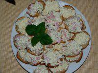 Exkluzivní nivová (hermelínová) pomazánka Czech Recipes, Ethnic Recipes, Potato Salad, Food And Drink, Appetizers, Salsa, Potatoes, Cheese, Cooking