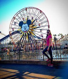 #Disney #disneyland #california #californiaadventurepark #2016 #mickeymouse #rollacoaster #ferreswheel #happy #me by karlagarciag