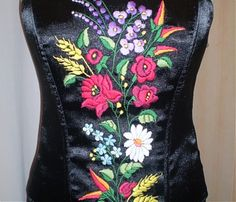 Fűzők kézi hímzéssel Hand Embroidery, Lady, Womens Fashion, Tops, Dresses, Style, Hungarian Embroidery, Gowns, Women's Fashion