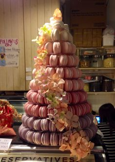 Ombre macaron tower with cascading flowers! Perfect for my wedding! Macaroon Tower, Wedding Flavors, Macaron Cake, Cascading Flowers, Candy Bar Wedding, No Bake Treats, Macaroons, Maid, Separate