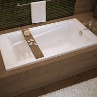 Maax Bathtub