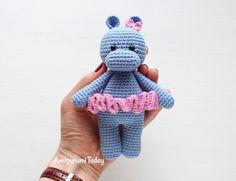 Gratis | Engels | Haakpatroon  Cuddle Me Hippo