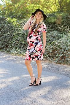 Pin this blog for beautiful, affordable fashion for pregnancy and moms! https://www.amazon.co.uk/Baby-Car-Mirror-Shatterproof-Installation/dp/B06XHG6SSY
