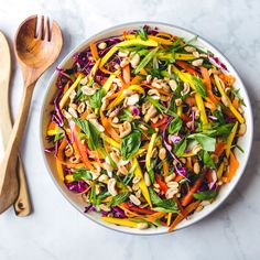 Vibrant cabbage salad packed with mango carrots bell pepper and lots of fresh herbs. Cabbage Salad Recipes, Healthy Salad Recipes, Lunch Recipes, Whole Food Recipes, Vegetarian Recipes, Vegan Meals, Summer Recipes, Vinaigrette, Thai Mango Salad