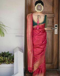 Fancy Blouse Designs, Bridal Blouse Designs, Saree Blouse Designs, Look Fashion, Indian Fashion, South Indian Bride Saree, Wedding Saree Collection, Tussar Silk Saree, Kanchipuram Saree