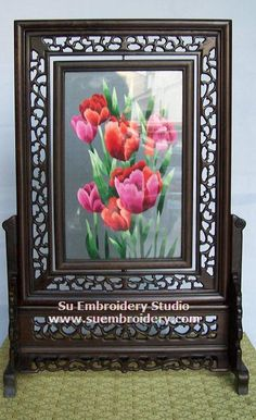 Tulips, double-sided embroidery work, one embroidery two identical sides, Chinese Suzhou silk embroidery art, Su Embroidery Studio