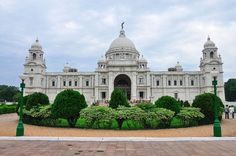 The Victoria Memorial is located in the city of  in West Bengal. It was constructed during the British Empire in the memory of Queen Victoria. Governor General Of India, Monument In India, Victoria Memorial, Most Beautiful, Beautiful Places, Equestrian Statue, Historical Monuments, West Bengal, Famous Places