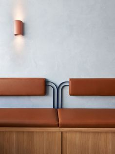 Fonda Makes An Entrance In Sydney - The Design Files The Design Files, Design Blog, Cafe Design, Design Design, Interior Design, Pallet Seating, Booth Seating, Detail Architecture, Art And Architecture