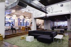 workspace-marketing-huge-open-forum-570