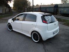 #fiat punto Fiat Punto Sporting, Fiat Grande Punto, Fiat Cars, High Performance Cars, Fiat Abarth, Steyr, Car Tuning, Dream Garage, Evo