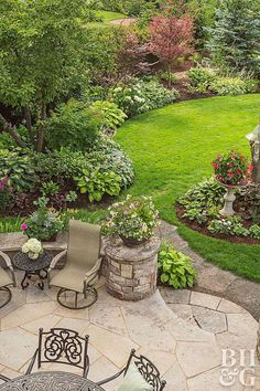 Garden Design patio and chairs and organic landscape shapes - What do a couple of empty nesters do with a baseball diamond in their backyard? Turn it into a private retreat for training therapy dogs, of course. Backyard Garden Design, Garden Landscape Design, Small Garden Design, Backyard Patio, Flagstone Patio, Backyard Ideas, Patio Stone, Sloped Backyard, Diy Garden