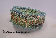 Perline a tempo perso: Bracciale con colori decisamente estivi ....tecnica punto tunisino arricchito con perline e cristalli #macrame
