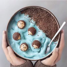 Smoothie Bowl, Smoothie Recipes, Smoothie Vert, Cute Desserts, Dessert Recipes, Dessert Food, Disney Desserts, Kawaii Dessert, Disney Food