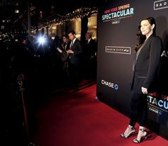 Liv Tyler was her usual glamorous self at the Radio City New York Spring Spectacular on March 26.