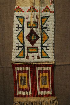 NICE Old Sioux Native American Plains Indian beaded & quilled Tobacco Pipe bag