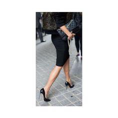 Pin van La Selectiva op STYLE || PENCIL SKIRT - Pinterest via Polyvore featuring skirts, pencil skirt, knee length pencil skirt and pin skirt