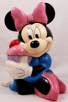 Minnie Mouse Cookie Jar made by Disney