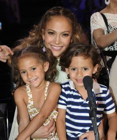Jennifer Lopez and twins max & emme, 4