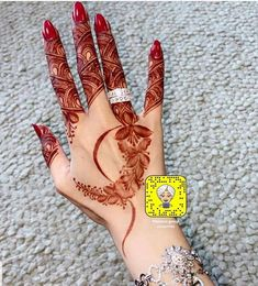 Round Mehndi Design, Modern Henna Designs, Henna Tattoo Designs Simple, Floral Henna Designs, Finger Henna Designs, Simple Arabic Mehndi Designs, Henna Art Designs, Mehndi Designs For Beginners, Mehndi Designs For Girls