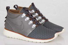 "Nike Roshe Run Sneakerboot QS ""Mercury Grey"""