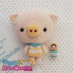 DIY handmade felt wool pig & Russian Doll --- Japanese kit package. $22.00 USD, via Etsy.
