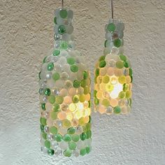 Você pode transformar o ambiente da sua sala, cozinha, quarto, com apenas um objeto de decoração novo. Reaproveitando o que viraria lixo, a garrafa de vidro é uma boa opção!Como? É bem simples, basta ter em mãos uma garrafa de vidro e o que fazer com ela, você escolhe abaixo!  Fonte:www.pinterest.com/ Reprodução E se …