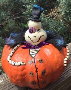 """PunkyWeen """"Wally"""" Gourd Halloween 8x7 Halloween Decor Signed    eBay #halloween #halloweengourds #gourds #trickortreat #gourdgirl"""