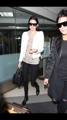 09.12.14: Kendall arriving at LAX airport in Los Angeles.