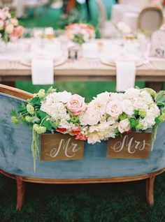Sweetheart love seat: http://www.stylemepretty.com/2015/08/06/dreamy-napa-valley-wedding-part-ii/ | Photography: Jessica Burke - http://www.jessicaburke.com/